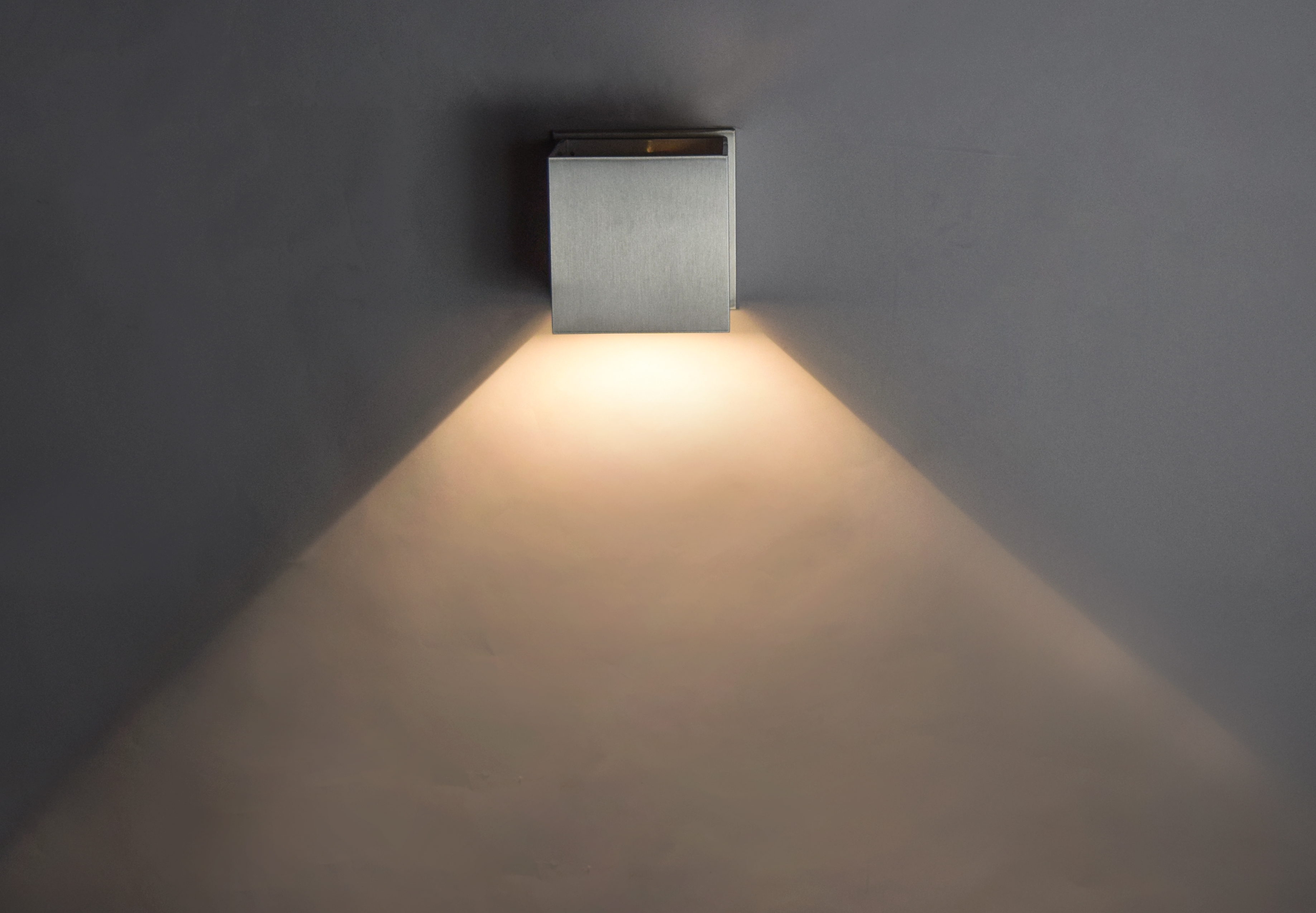 Alumilux LED Outdoor Wall Sconce | Wall | ET2 Online
