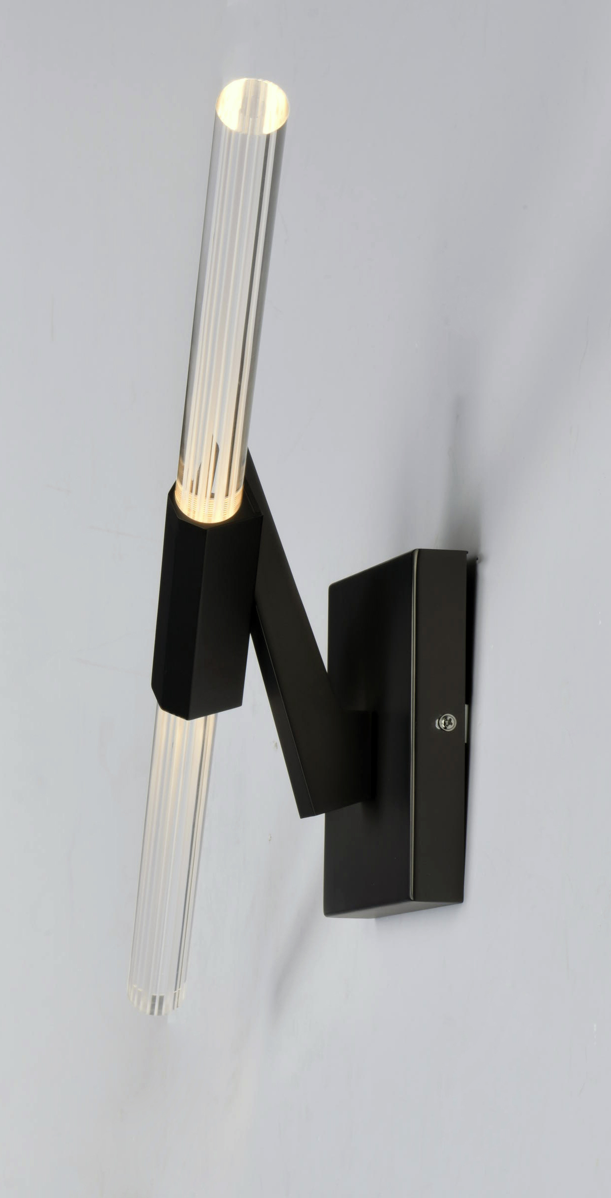 Lightsaber Wall Sconce - Wars Lightsaber Room Light Wall Sconce Iwoot, The Lightsaber Wall ...